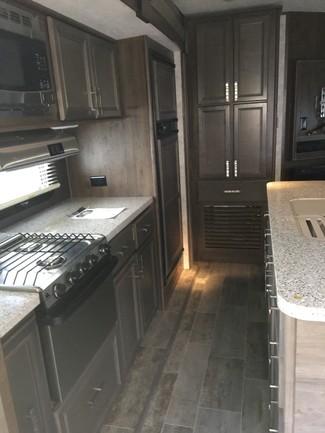2017 Open Range Roamer 288FLR Mandan, North Dakota 7