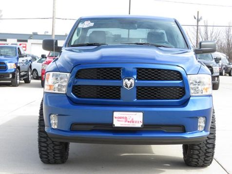 2017 Ram 1500 Express 4WD Lifted/BlackMOTOMETAL20s/MudTerrains in Ankeny, IA