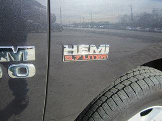 2017 Ram 1500 SLT Quad Cab 4x4 Houston, Mississippi 7