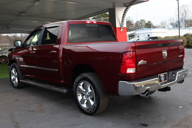 2017 Ram 1500 Big Horn Crew Cab 4x4 - SUNROOF - HEATED LEATHER! Mooresville , NC 26