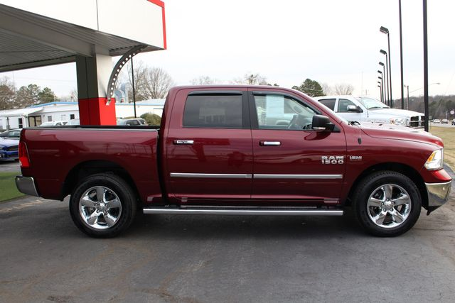 2017 Ram 1500 Big Horn Crew Cab 4x4 - SUNROOF - HEATED LEATHER! Mooresville , NC 15