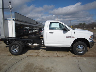2017 Ram 3500 Chassis Cab Tradesman 4x4 Houston, Mississippi 3