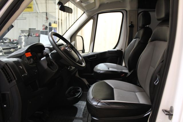 2017 Ram ProMaster Cargo Van ProMaster LOW ROOF Roscoe, Illinois 14