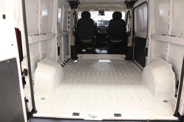 2017 Ram ProMaster Cargo Van ProMaster LOW ROOF Roscoe, Illinois 21