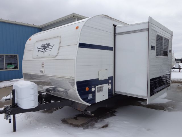 2017 Riverside Rv Retro 199FKS Mandan, North Dakota 2