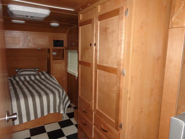 2017 Riverside Rv Retro 199FKS Mandan, North Dakota 8