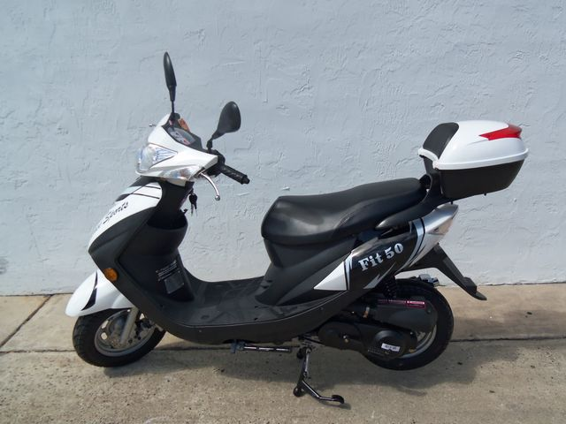 2017 Riya Fit-50 Scooter Daytona Beach, FL 1