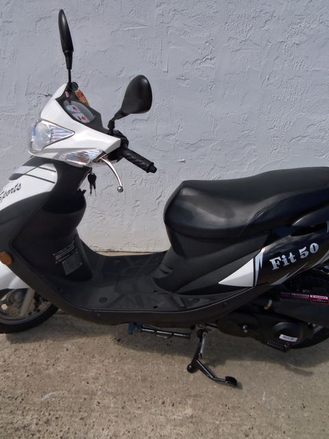 2017 Riya Fit-50 Scooter Daytona Beach, FL 3