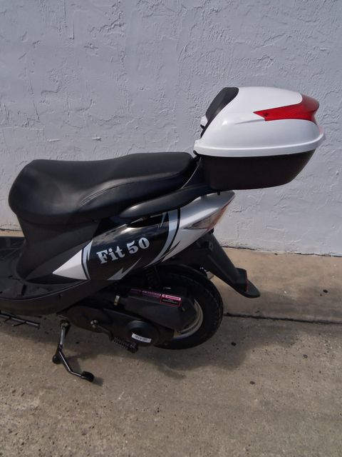 2017 Riya Fit-50 Scooter Daytona Beach, FL 4