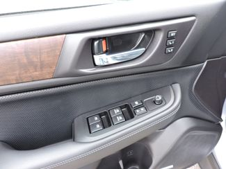 2017 Subaru Outback Limited Bend, Oregon 11