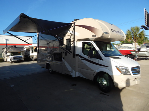 2017 Thor Quantum KM24 DIESEL WALL SLIDE !!  in Charleston, SC