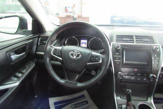 2017 Toyota Camry SE W/ BACK UP CAM Chicago, Illinois 17