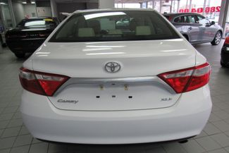 2017 Toyota Camry XLE W/ BACK UP CAM Chicago, Illinois 4
