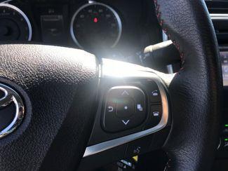 2017 Toyota Camry SE Hialeah, Florida 11