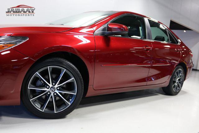 2017 Toyota Camry XSE Merrillville, Indiana 32