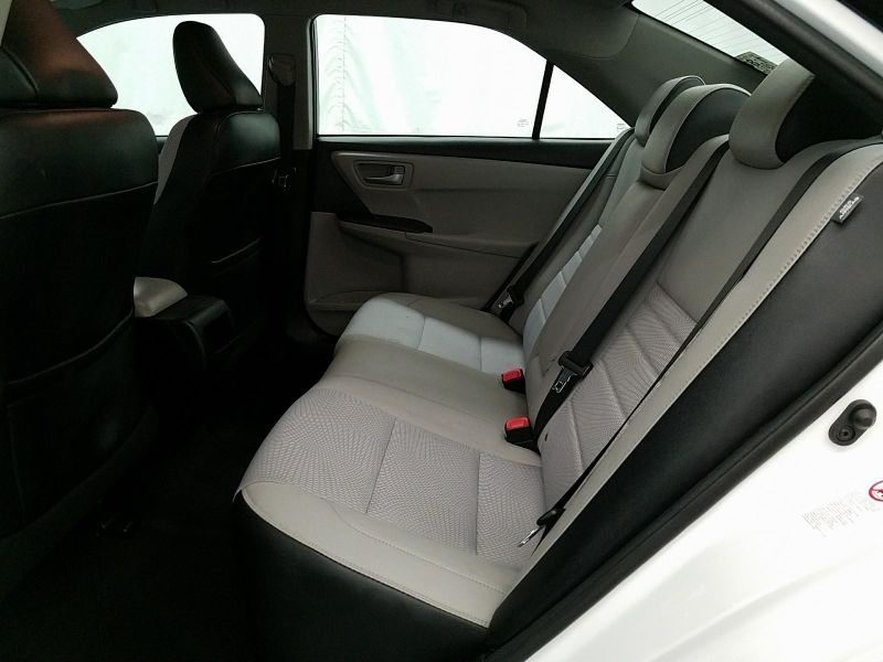 2017 Toyota Camry SE  in Minnetonka, Minnesota