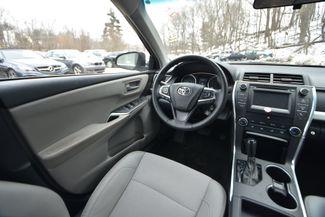 2017 Toyota Camry SE Naugatuck, Connecticut 5