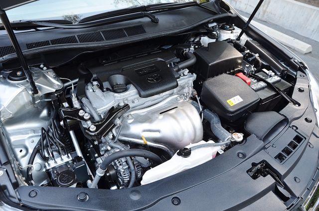 2017 Toyota Camry SE Reseda, CA 22