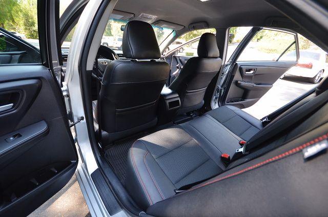 2017 Toyota Camry SE Reseda, CA 26