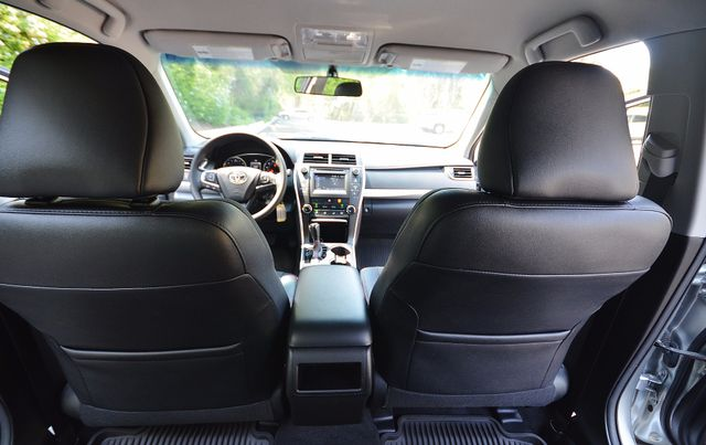 2017 Toyota Camry SE Reseda, CA 30