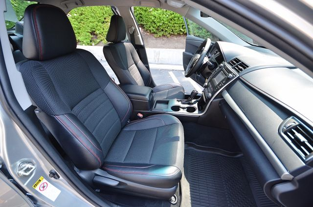 2017 Toyota Camry SE Reseda, CA 5