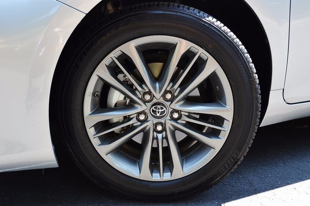 2017 Toyota Camry SE Reseda, CA 13
