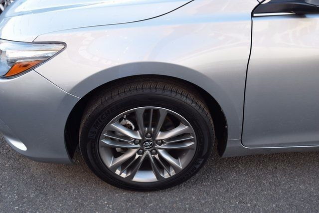 2017 Toyota Camry SE Richmond Hill, New York 5