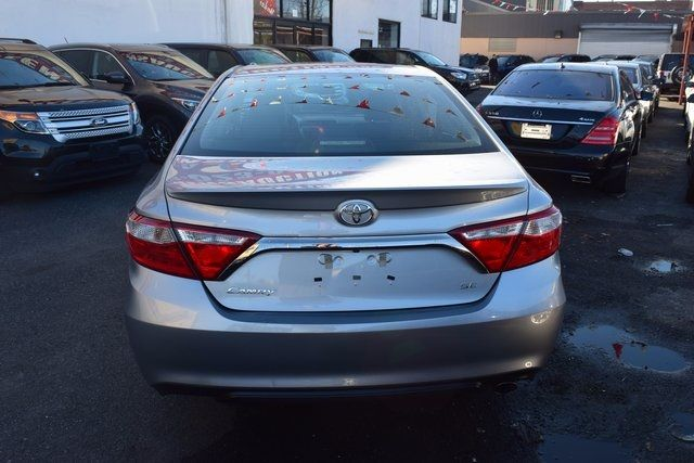 2017 Toyota Camry SE Richmond Hill, New York 6