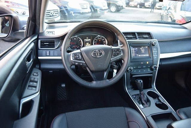 2017 Toyota Camry SE Richmond Hill, New York 9