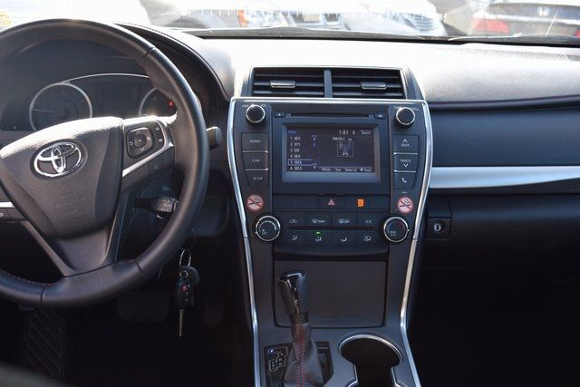 2017 Toyota Camry Richmond Hill, New York 17