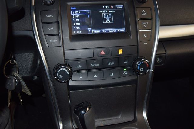 2017 Toyota Camry SE Richmond Hill, New York 34