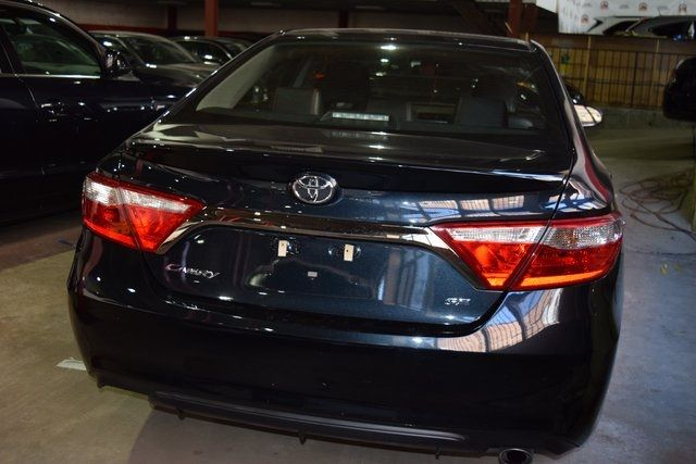 2017 Toyota Camry SE Richmond Hill, New York 4