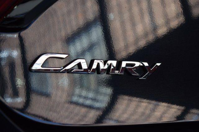 2017 Toyota Camry SE Richmond Hill, New York 7