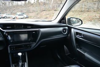 2017 Toyota Corolla SE Naugatuck, Connecticut 17