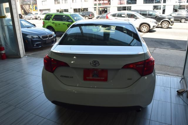 2017 Toyota Corolla SE Richmond Hill, New York 3
