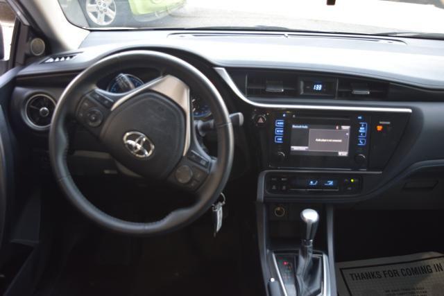 2017 Toyota Corolla SE Richmond Hill, New York 7