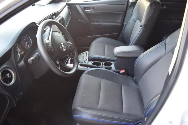 2017 Toyota Corolla SE Richmond Hill, New York 8