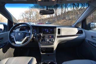 2017 Toyota Sienna XLE Naugatuck, Connecticut 16