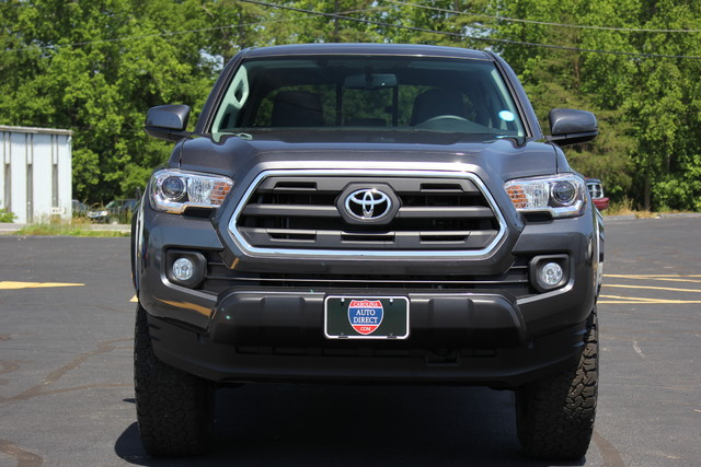2017 Toyota Tacoma TRD Off Road Mooresville , NC 1