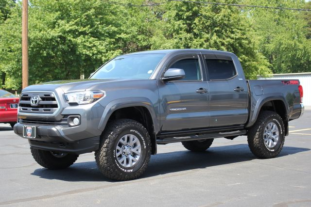 2017 Toyota Tacoma TRD Off Road Double Cab 4x4 Mooresville , NC 16