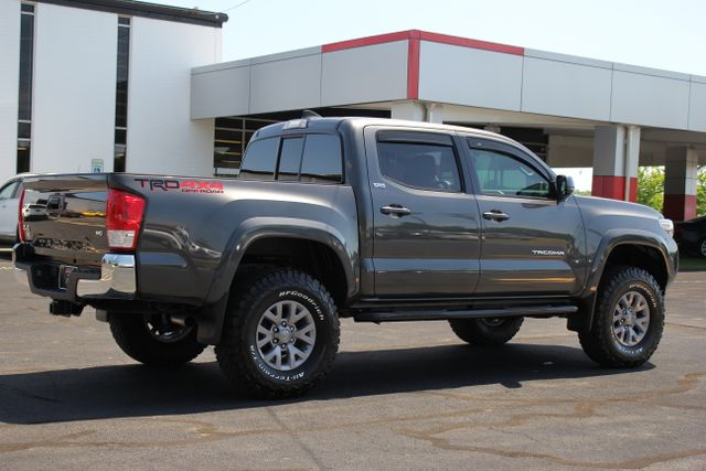 2017 Toyota Tacoma TRD Off Road Double Cab 4x4 Mooresville , NC 1
