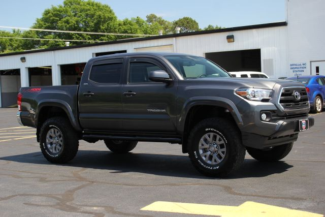2017 Toyota Tacoma TRD Off Road Double Cab 4x4 Mooresville , NC 15