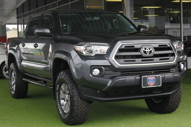 2017 Toyota Tacoma SR5 Double Cab 4x4 - LIFTED! Mooresville , NC 25