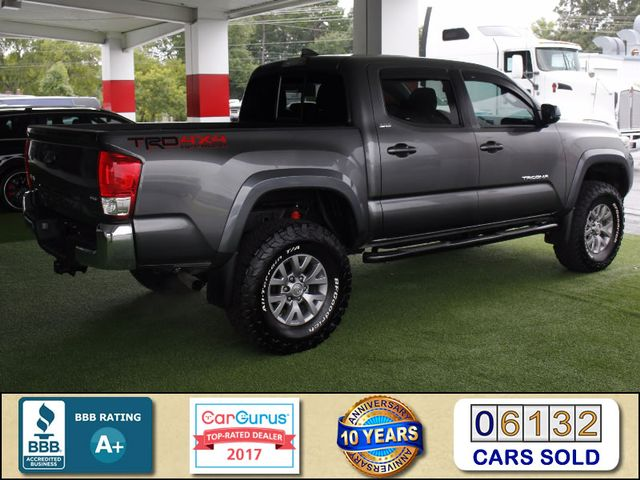 2017 Toyota Tacoma SR5 Double Cab 4x4 - LIFTED! Mooresville , NC 3