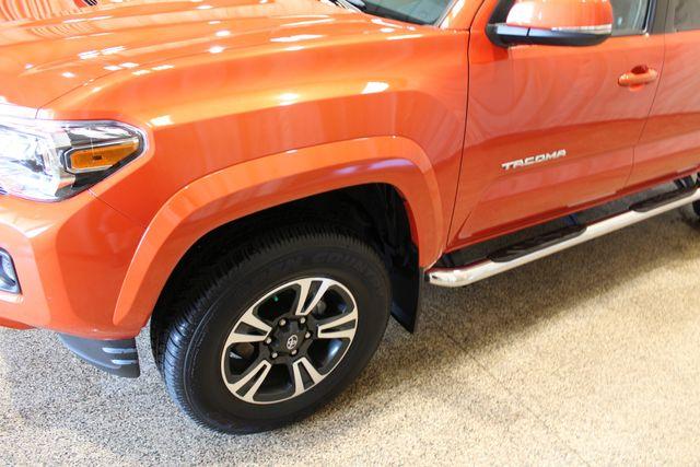 2017 Toyota Tacoma TRD Sport Roscoe, Illinois 12