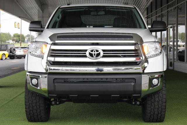 2017 Toyota Tundra SR5 CrewMax 4x4 - LIFTED! Mooresville , NC 16