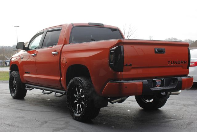 2017 Toyota Tundra LIMITED PREMIUM EDITION CrewMax 4x4 - LIFTED! Mooresville , NC 25