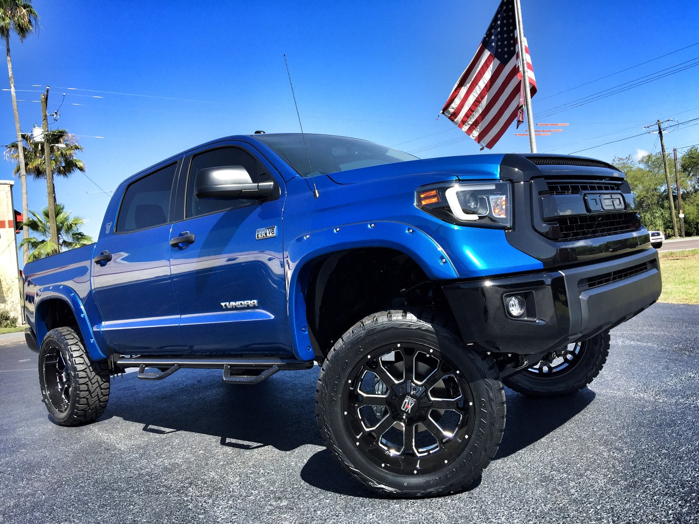 2017 Toyota Tundra CUSTOM LIFTED LEATHER CREWMAX 4X4 ...