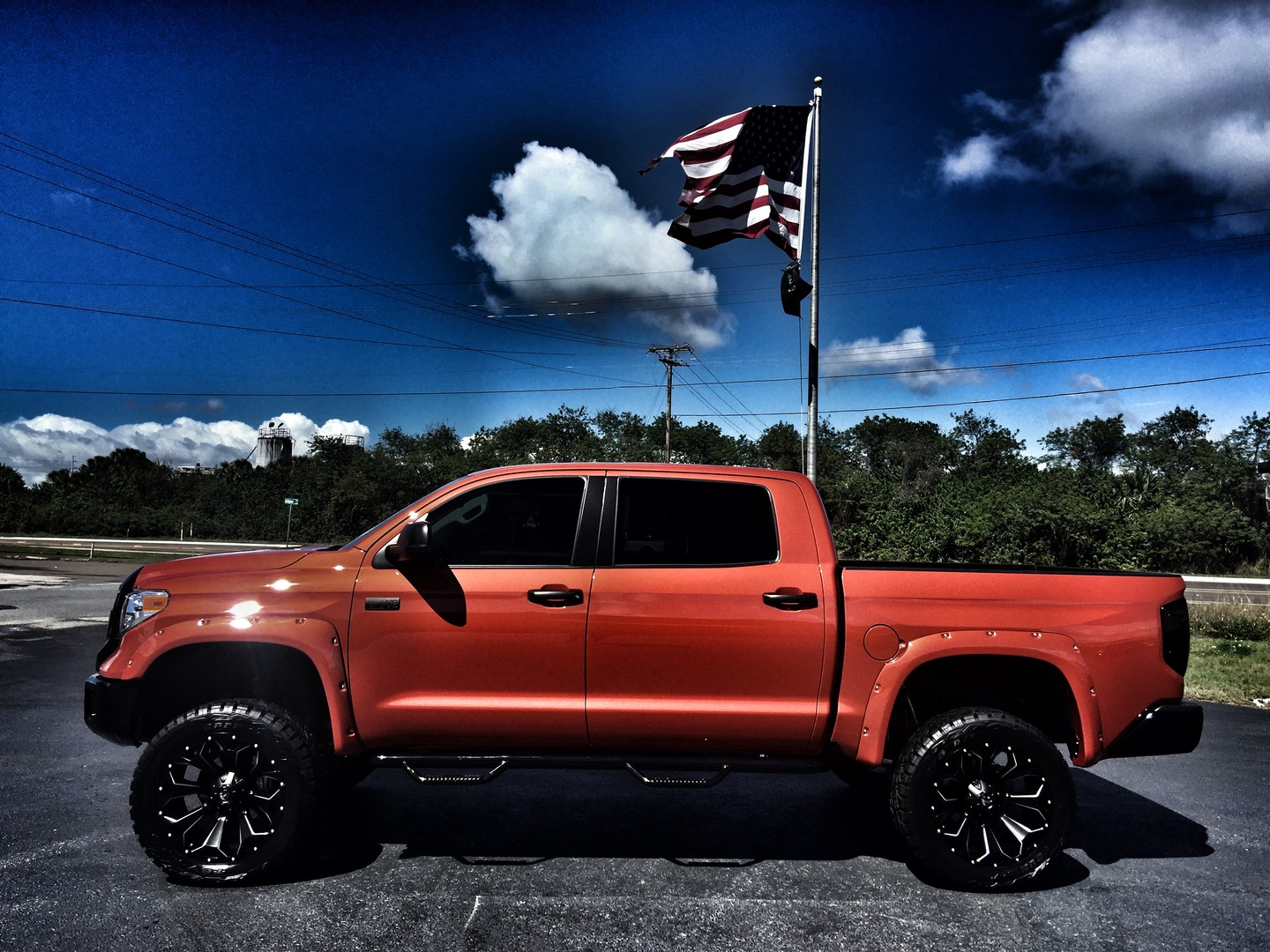 2017 Toyota Tundra CUSTOM LIFTED INFERNO CREWMAX 4X4 ...