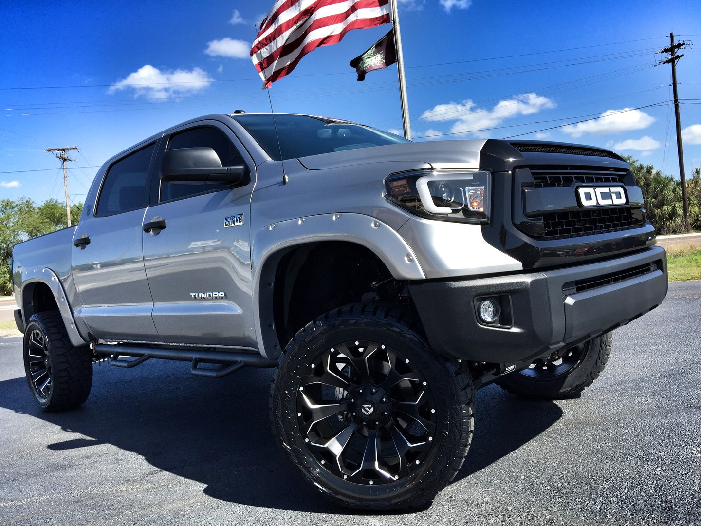 2017 toyota tundra custom lifted leather 22 fuel florida bayshore automotive. Black Bedroom Furniture Sets. Home Design Ideas